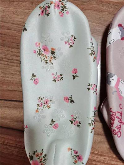 江苏自动袜子点胶厂 服务为先「江阴市中鸿纺织供应」