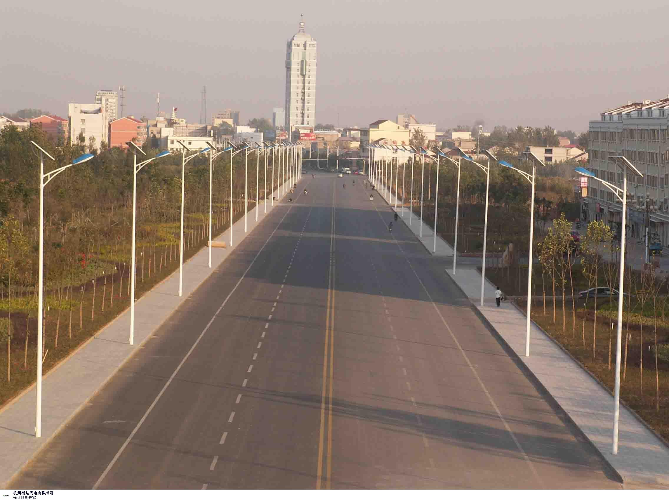 吉林市新款太阳能路灯批发 值得信赖 杭州易达光电供应