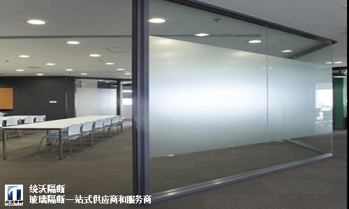 不锈钢磨砂玻璃隔断上门安装,磨砂玻璃隔断