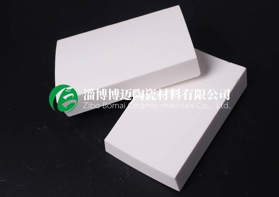 云南干灰风机机壳耐磨陶瓷衬片规格 淄博博迈陶瓷材料供应