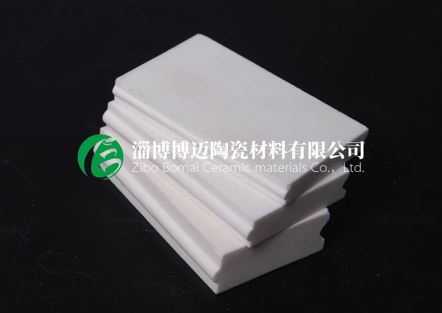 云南刚玉冶金设备耐磨陶瓷衬片厂家电话号码 淄博博迈陶瓷材料供应