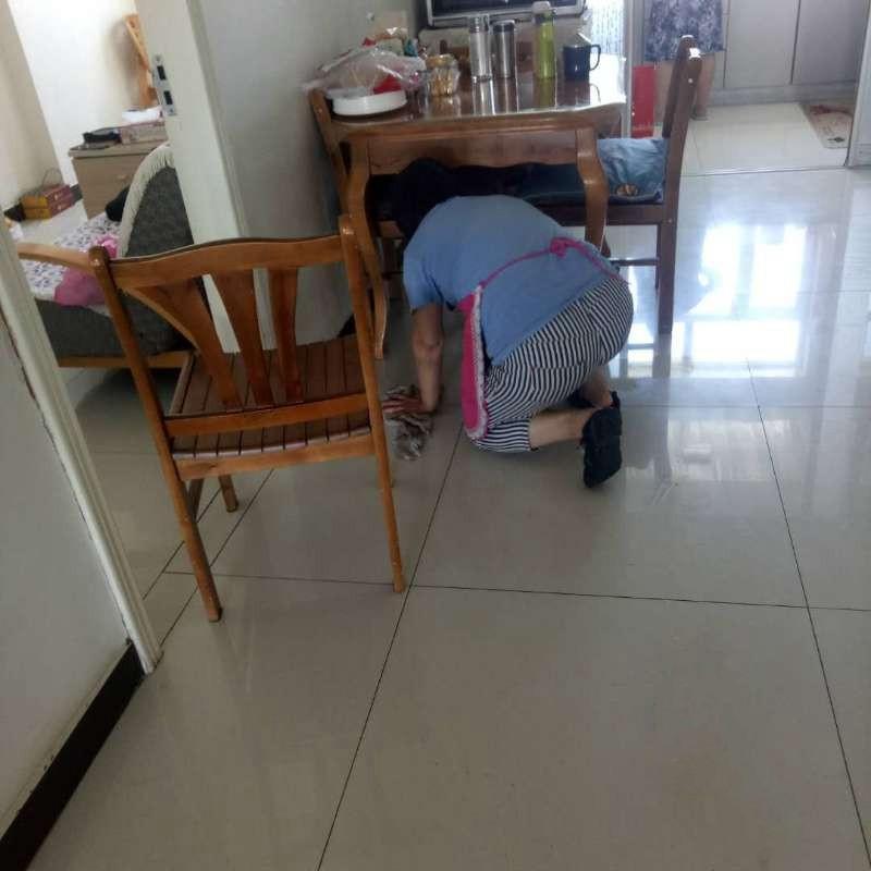 乌鲁木齐正规保洁清洗多少钱一个月 以客为尊 付姐家政供应