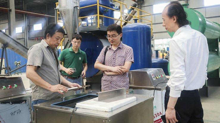 广东专业流水线去黑膜机械制造厂家 来电咨询 安徽三艾斯机械科技供应