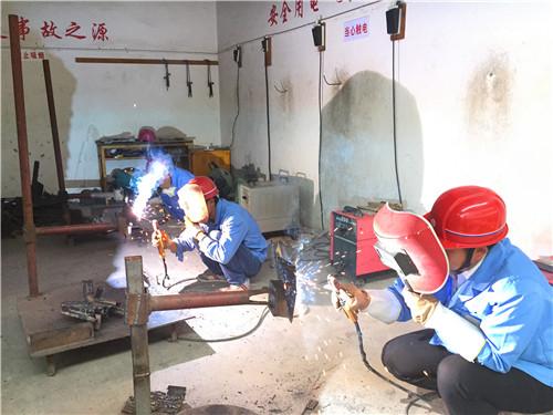 昆明正规焊工班实作操作 云南先科职业培训学校供应
