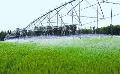 农业用水量约占经济总量多少_农业银行图片