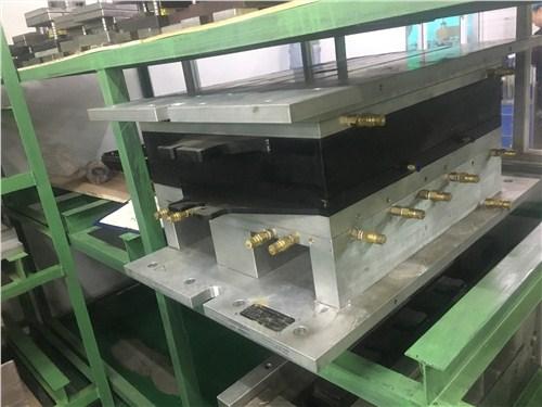 商丘自动机模具规格齐全 和谐共赢「无锡市祥鑫刀模供应」