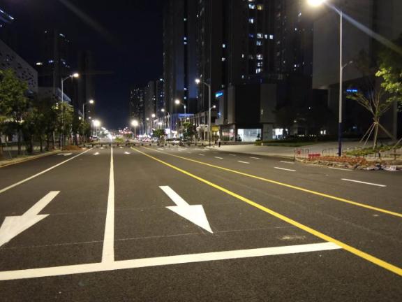 汕尾沥青道路划线价格 服务为先 深圳市创路顺交通设施供应