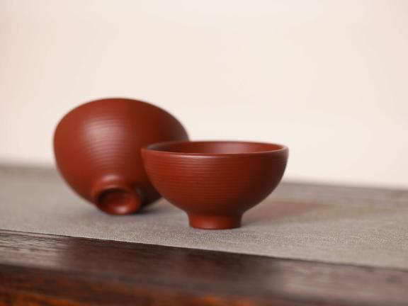 德钟紫砂壶怎么选择「宜兴长龙紫砂艺术供应」