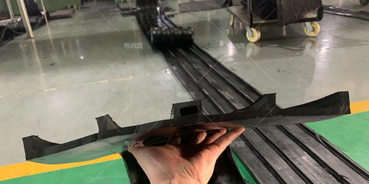 河南中埋式橡胶止水带厂家 广东鸿凯建筑科技供应