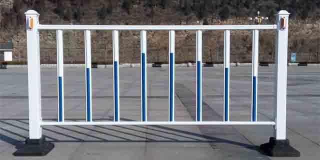 尖扎县质量好的公路护栏哪家好 青海盛康建筑供应
