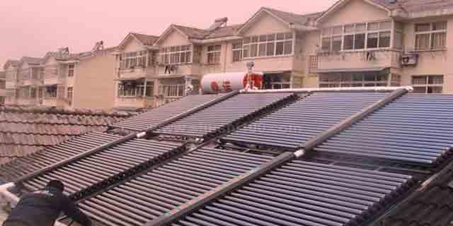 西寧城中區薄膜太陽能采暖熱水 來電咨詢「昱華供」