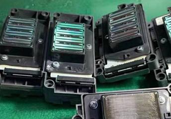 郑州柯尼卡喷头掉膜「上海闪顺科技供应」