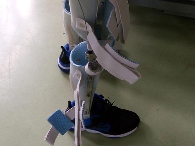 昆明截癱自動行走器廠家 云南晟康假肢矯形器公司供應