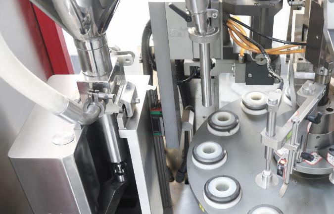 安徽小型液体灌装机 欢迎来电 温州奥基智能科技供应