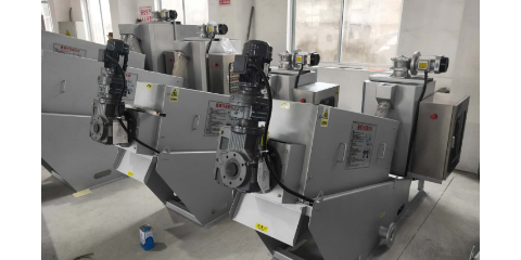 天津带式污泥压滤机公司 欢迎来电 无锡哈达环保供应