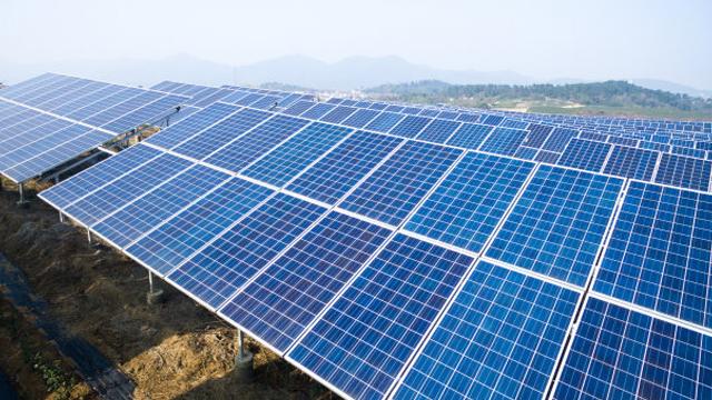 新疆服务太阳能批发价「青海晓丰新能源科技供应」