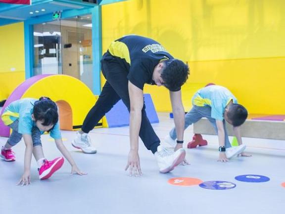 少儿心理健康指导建议 推荐咨询「山东爱优动体育健康服务供应」