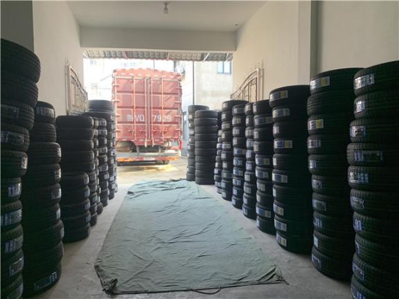海南特种轮胎 值得信赖 浙江安驰车服网络科技供应