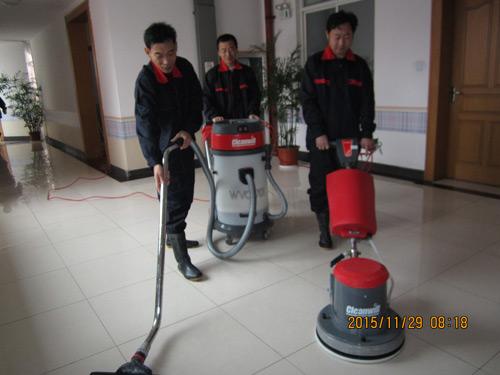 江苏口碑好学校地面防滑哪里好 诚信服务 上海安众达地面防滑工程技术供应