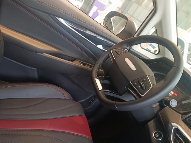 平顶山官方上汽大通G50市场报价「平顶山宝力达汽车供应」