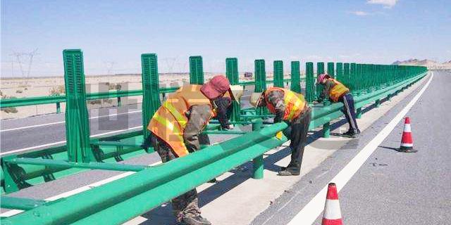 河南高速防撞护栏制造 贵州世腾交通工程供应