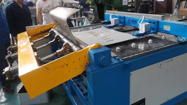 深圳液壓卷板機廠家「成都焊威焊接設備供應」