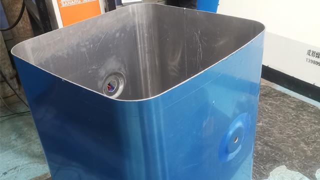 深圳液壓卷板機品牌「成都焊威焊接設備供應」
