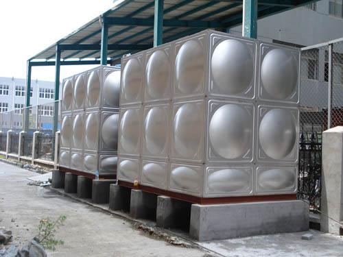 南充不锈钢水箱联系人/乐山不锈钢水箱工厂/专业不锈钢水箱现货