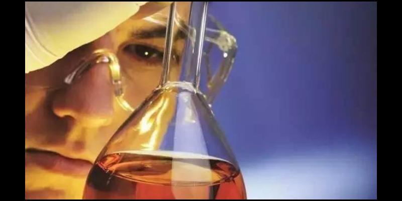 德陽注塑機液壓油供應商 來電咨詢「成都歐爾實業供應」
