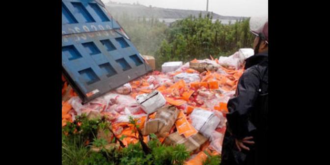 浦东新区工业公司垃圾清运自有车辆,垃圾清运
