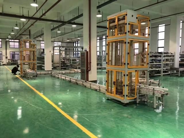 往复式垂直提升机订做费用 溧阳市创鼎自动化设备供应