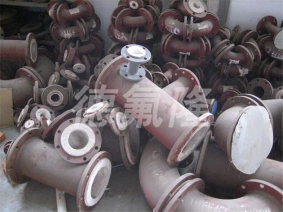 上海20立方衬四氟反应釜多少钱 欢迎来电「无锡市德氟隆防腐设备供应」