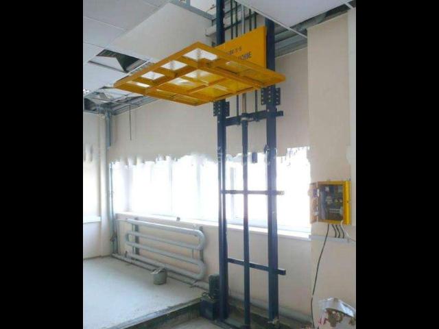先进升降货梯欢迎来电 诚信服务 东莞市升旺机械供应