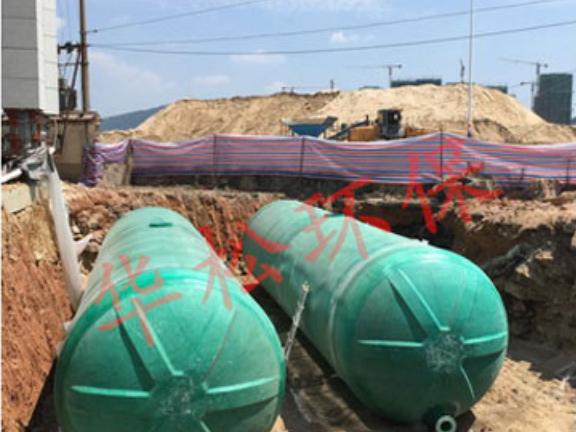 漳州玻璃钢蓄水罐供应商 服务为先 福建省华松**科技供应