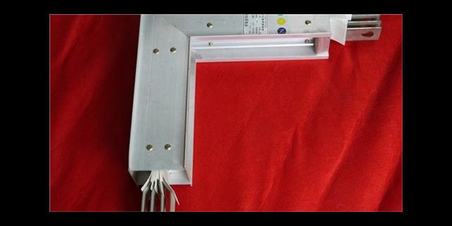 新型母线槽施工