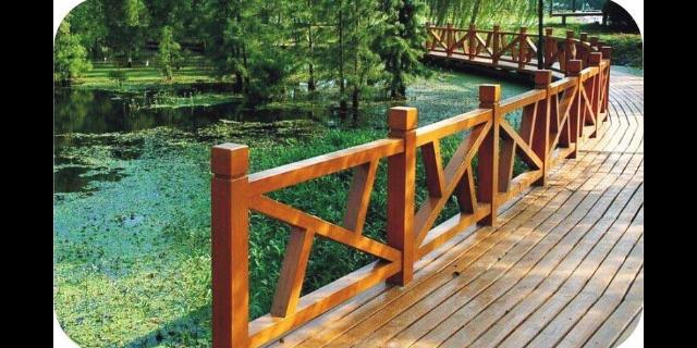 果洛仿木围栏咨询「甘肃绿园环保园林景观制品供应」