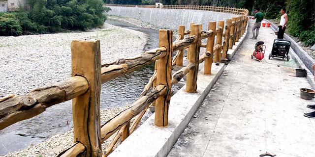 慶陽綠化帶仿枯木護欄「甘肅綠園環保園林景觀制品供應」