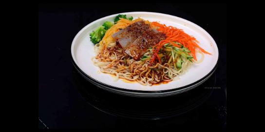 門頭溝區干牛肉拉面利潤大嗎「甘肅京穆蘭餐飲管理供應」