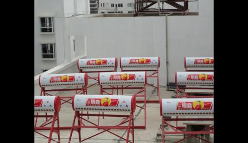 昆明商用空氣能熱水器哪家好 云南冠宏機電空調廠家供應;