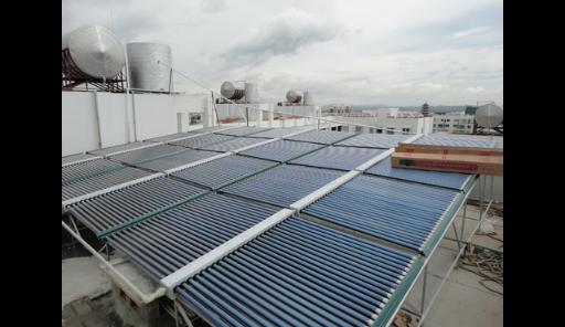 云南太阳能热水器安装公司 云南冠宏机电空调厂家供应