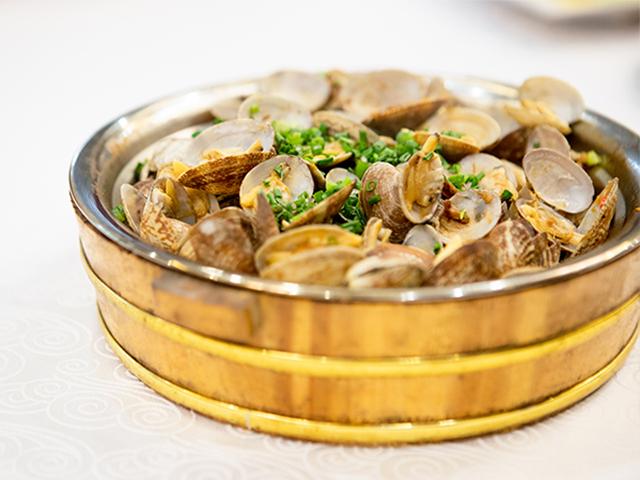 伊春蟹黄酱加工 欢迎咨询「柳州市柳南区腾芸食品供应」