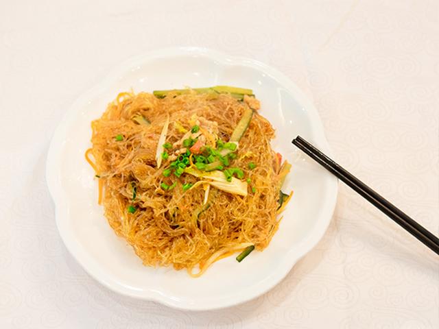 白银做菜用的蟹黄酱 诚信服务「柳州市柳南区腾芸食品供应」