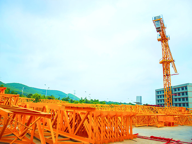 广西工地塔吊供应商家 客户至上 广西工凯重工供应