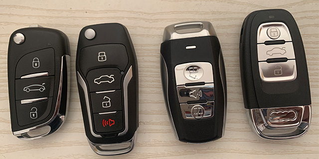 张店把汽车遥控器锁在车里了怎么办,汽车钥匙
