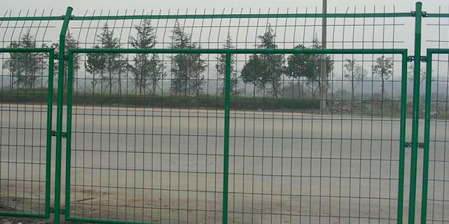黑龍江道路公路護欄網廠家 服務為先 湖北華欄達金屬制品供應
