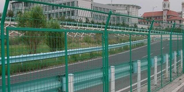 重慶專業公路護欄網 歡迎咨詢 湖北華欄達金屬制品供應