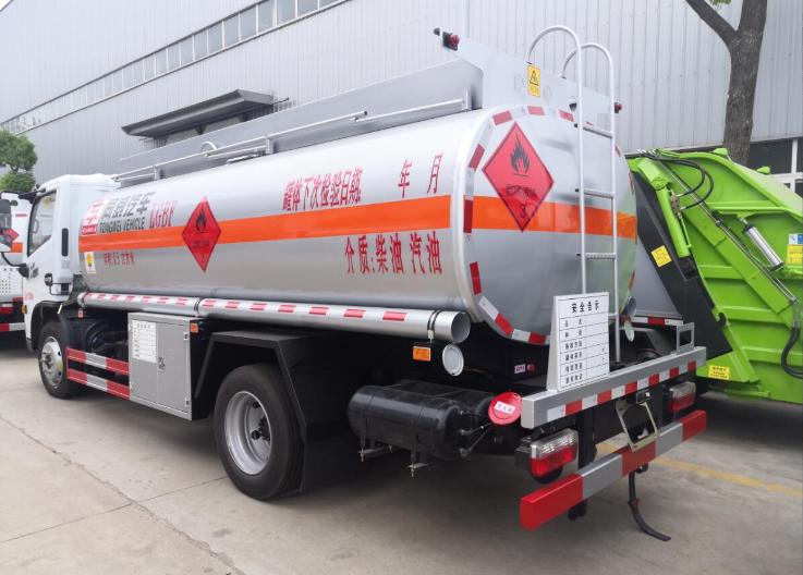 陕西有哪些东风多利卡8吨加油车订做价格 欢迎咨询 楚胜汽车集团供应