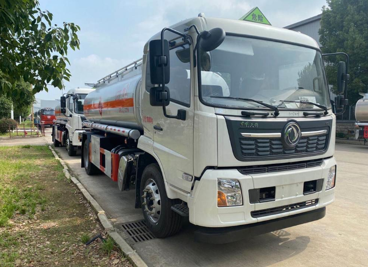 重慶新型10噸加油車訂做價格 服務為先 楚勝汽車集團供應