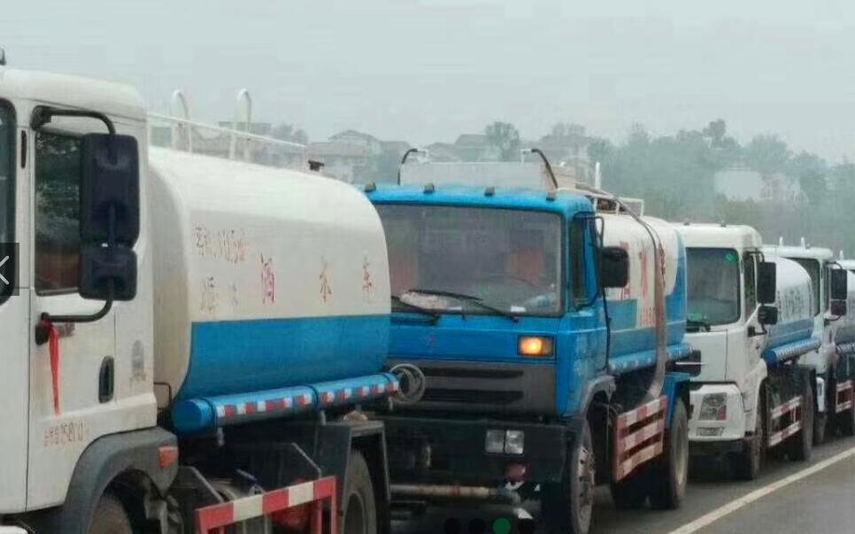 郑州专业大型运水车出售公司 诚信互利  河南绿友实业供应