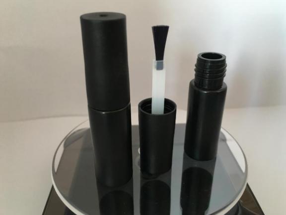 6ML塑料甲油胶扁瓶生产企业 有口皆碑「玉环华彩塑料制品供应」